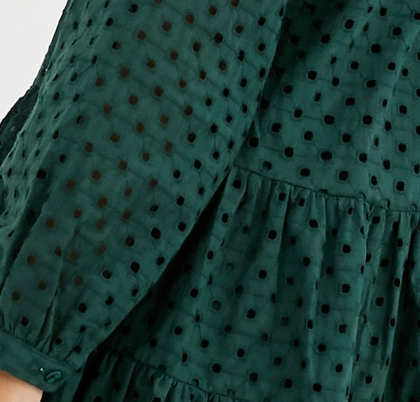 green smock dress close up.jpg